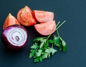 Tomato Red Onion Salad